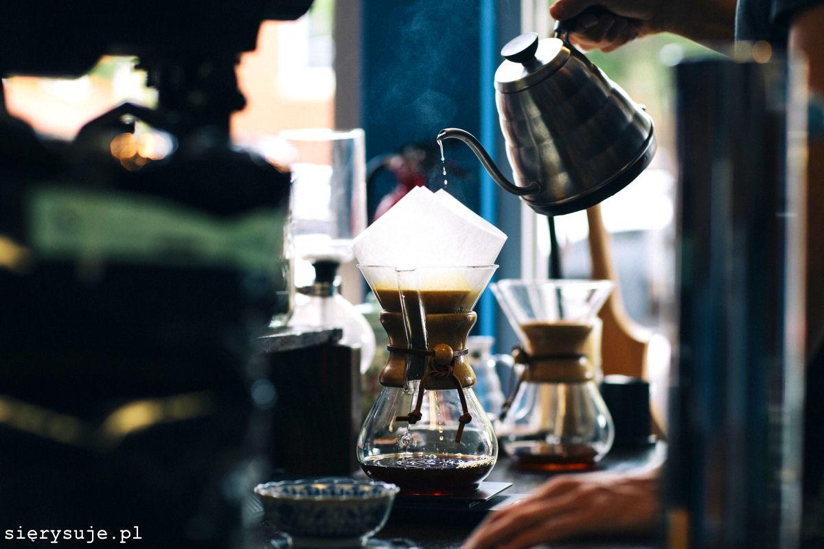 sierysuje.pl urban sketching zima kawiarnia