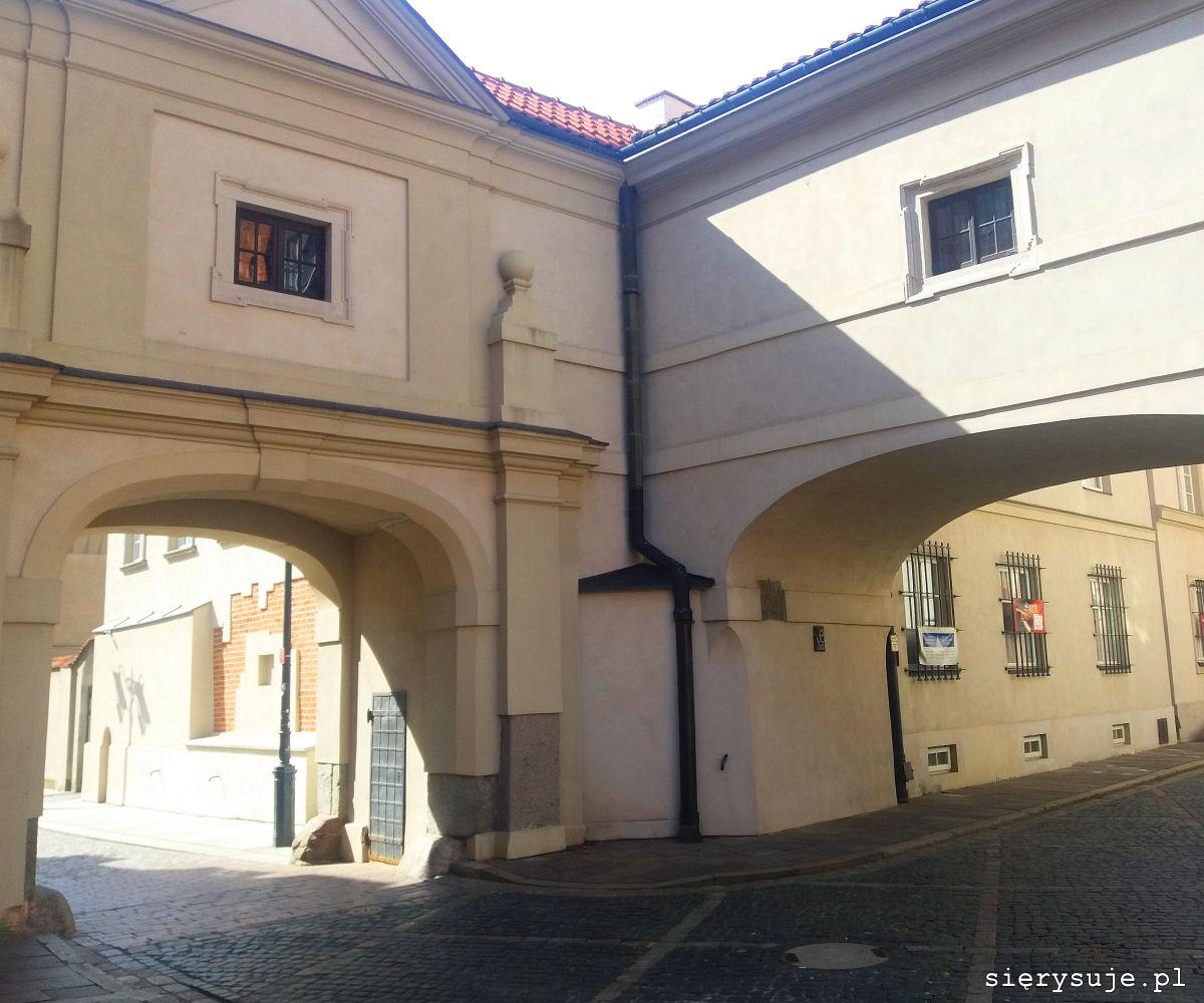 sierysuje.pl warszawska starówka ulica kanonia